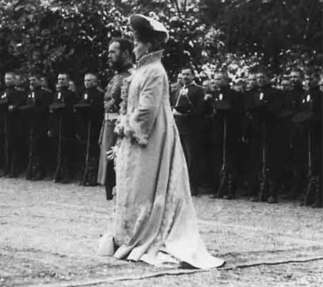 Foto 12: Alexandra como emperatriz