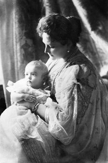 Foto 16: Alexis con su madre