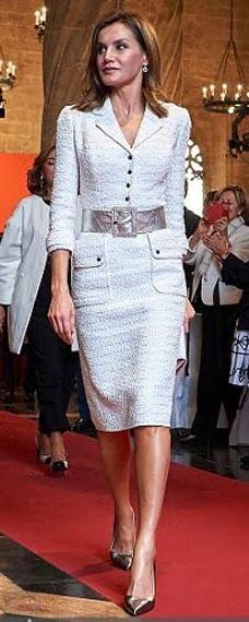 FOTO 15: Leti vestido blanco