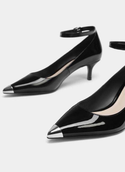 FOTO #14: Zapatos negros con puntera en plata