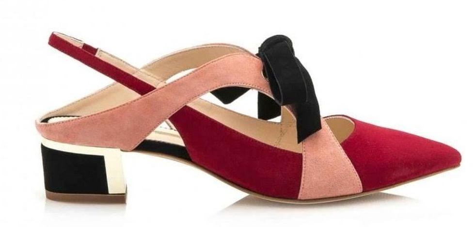 FOTO #18: Zapatos destalonados con moño negro en tres tonos.